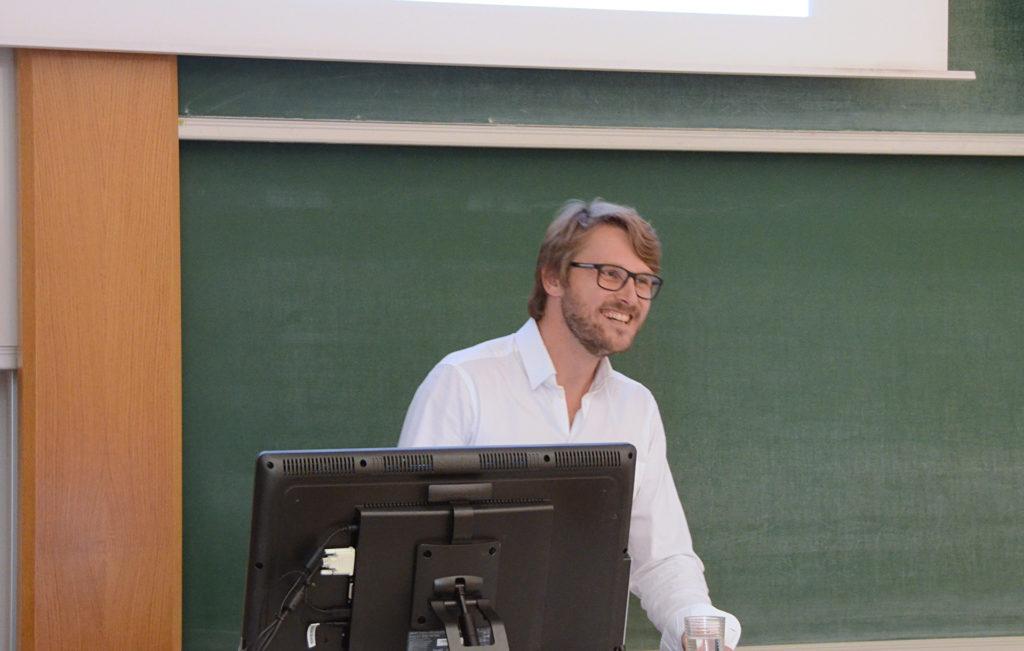 Corona Renderer, Jaroslav teaching