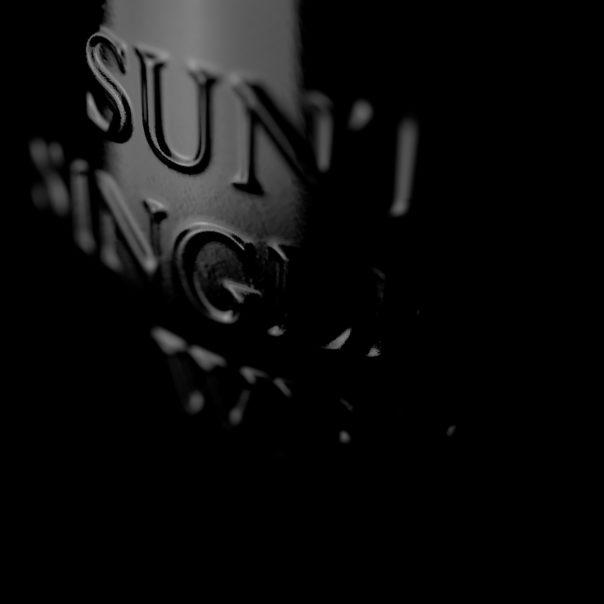 David Turfitt 06_The Hak25_DOF camera angle v15 Back of bottle_v1_2000px