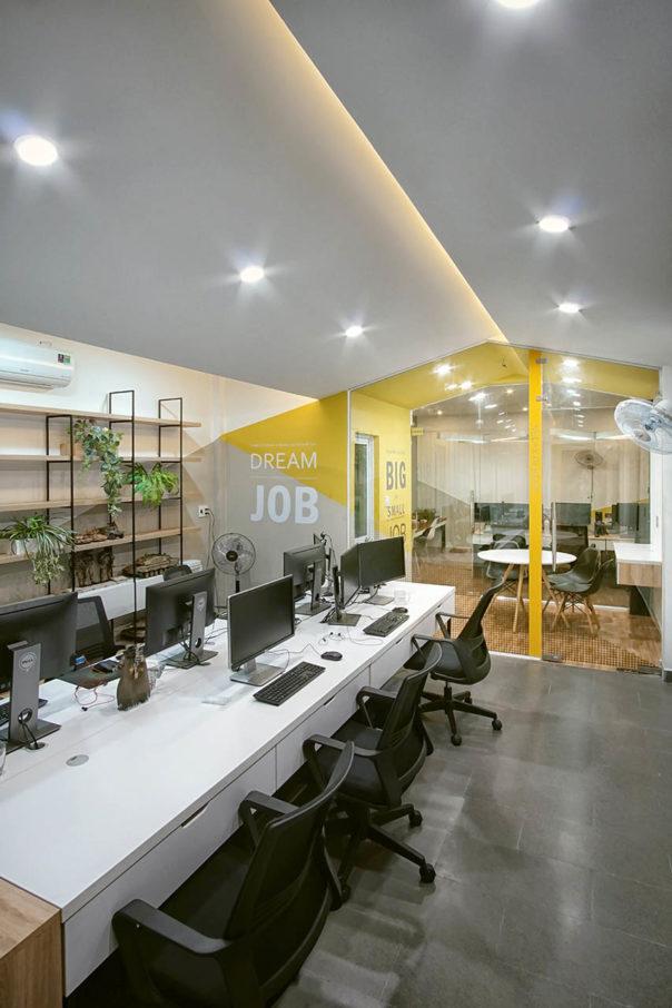 Lê Anh Nhân, photo of the Fresh House offices